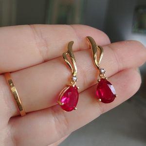 Real stone vintage earrings